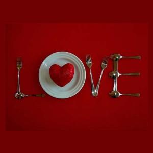 negra-comida-amor-engordar-calorias-blanca